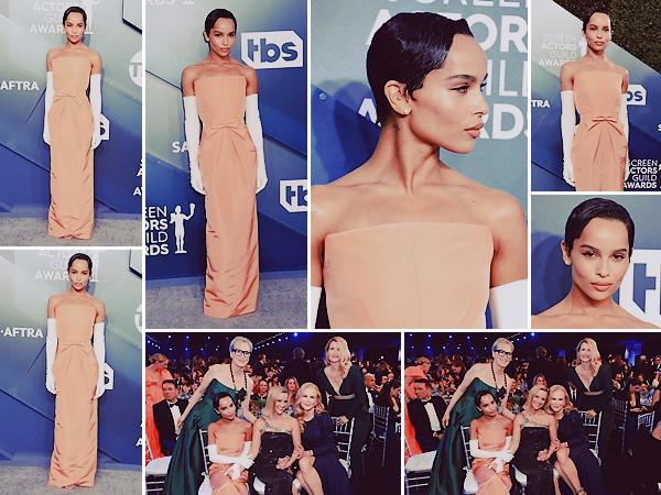 • 19.01.20 : Zoë Kravitz était à la cérémonie annuelle des « Screen Actors Guild Awards » tenue à Los Angeles (US) : C'est dans une jolie robe Oscar de la Renta que Zozo et le casting de la série BLL se sont rendues aux SAG. Reparties bredouille, cela reste un top !
