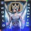 Dean Ambrose a garde sont titre