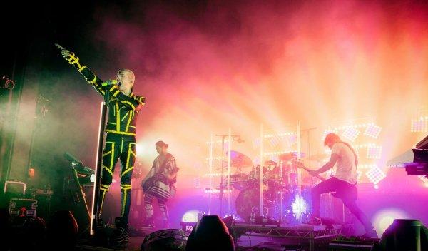 Facebook Tokio Hotel...