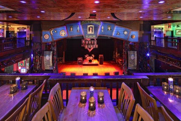 La salle où jouera le groupe à Los Angeles ce soir!