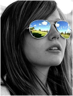 « Le plus souvent, on cherche le bonheur comme on cherche ses lunettes ; quand on les a sur le nez. »