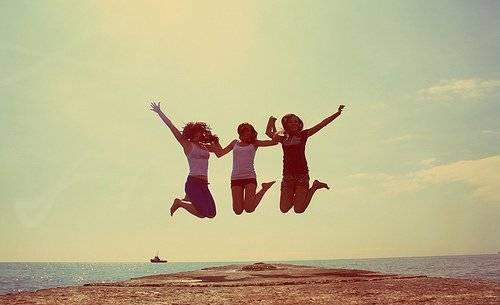 """L'amitié relis trois grands """"C"""" : la Complicité, la Confiance & la Connerie !"""