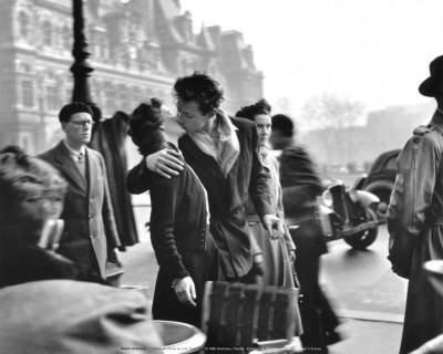 """« Le verbe """" aimer """" est le plus compliqué de la langue française. Son passé n'est jamais simple, son présent n'est qu'imparfait, et son futur toujours conditionnel.. »"""