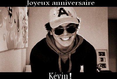 Joyeux anniversaire Kev' !! :)
