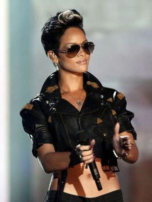RObyn Rihanna Fennty