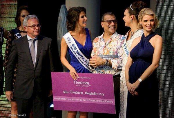 Aventure Miss France : La vidéo de l'embarquement pour le Sri Lanka