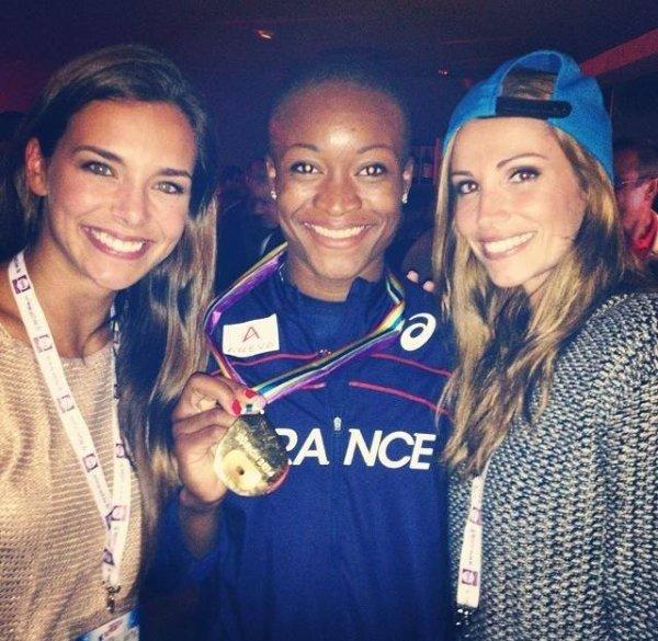 Marine et Alexandra supportent nos athlètes français !