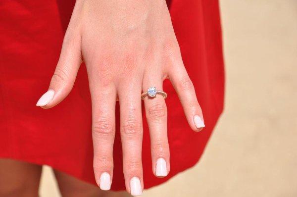 Rolène est fiancée !