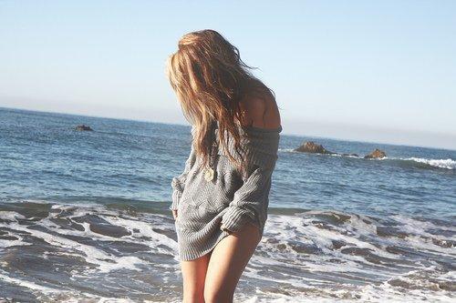 Les filles intelligentes ouvrent leur esprit, les filles faciles ouvrent leurs jambes, et les filles stupides ouvrent leur coeur à n'importe qui