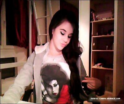 29 Février 202: Marina poste une photo d'elle et son fameux t-shirt d'Amy Winehouse.