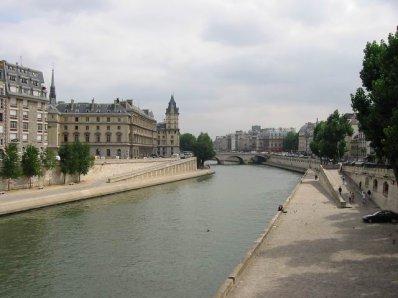 :: Parisian Cats :: La Seine :: Alto + Daliku ::