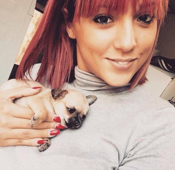 Les Anges 7 : Barbara s'achète à son tour un chien !
