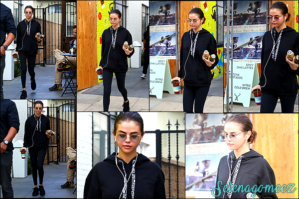 03 Novembre 2017 : Selena Gomez a été photographiée quittant le Alfred Coffee à Los Angeles.