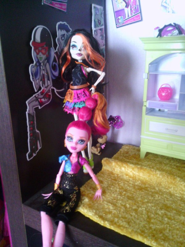 Mes nouvelle Monster High (Gigi et Skelita)