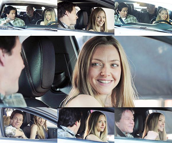6 Octobre 2014 :  Amanda était sur le tournage de son nouveau film Ted 2, accompagnée de son ami fidèle Finn !