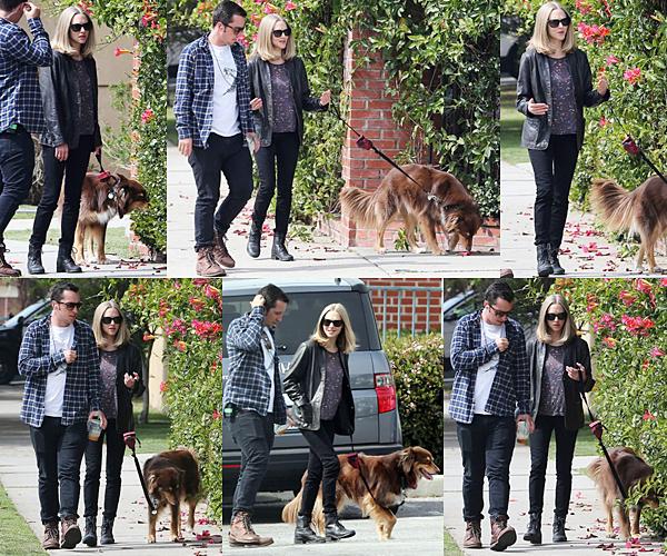 3 Mars 2016 :  Amanda a été vue durant sa pause de tournage avec son assistant et Finn.
