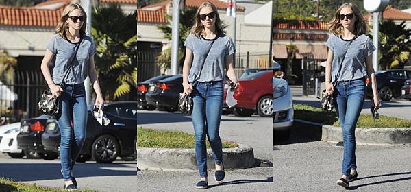 Le 25 Mars 2016  • Amanda a été vue à Los Angeles !