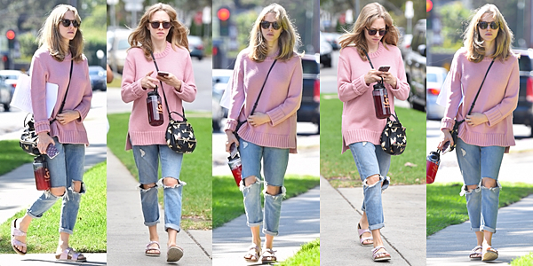 18 Octobre 2016 :  Amanda, Thomas et Finn sont allés faire du shopping à Beverly Hills.