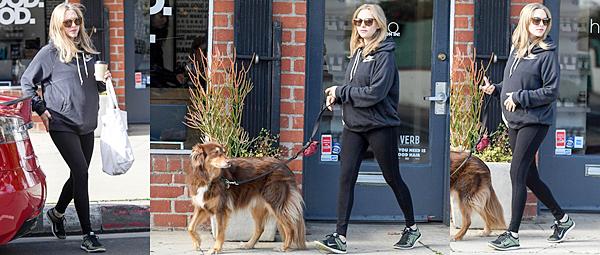Le 21 Janvier 2017 • Amanda a été vue quittant sa maison à Beverly Hills.