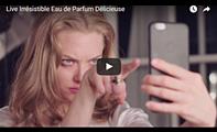 """Givenchy Les affiches promotionnelles de la nouvelle eau de parfum Live Irrésistible sont sorties ! Des photos du shoot sont également disponibles. Plusieurs petites vidéos ont été publiées. Je ne sais pas s'il y aura une publicité """"officielle"""" avec l'ensemble de ces vidéos."""