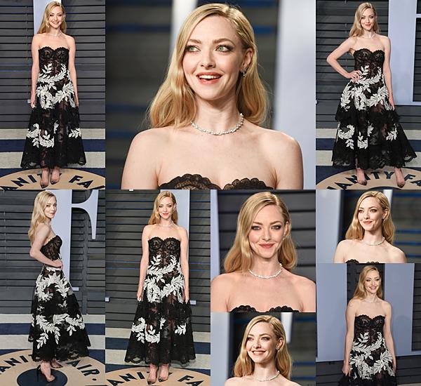 Le 4 Mars 2018 Amanda s'est rendue à l'after party des Oscars organisée par Vanity Fair. Elle était accompagnée de son mari, Thomas Sadoski. Amanda portait une jolie robe signée Oscar de la Renta et des escarpins de Christian Louboutin.