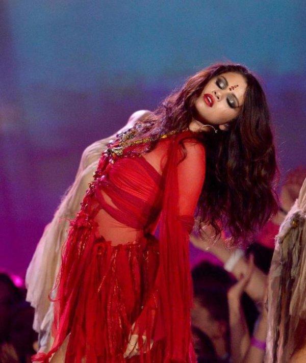 Selena Gomez : MTV VMA's 2013 :Come & Get It remporte l'award de la meilleure vidéo pop