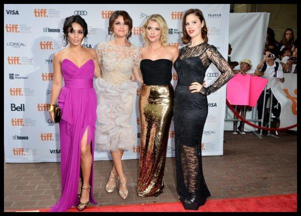 Festival du cinema a Toronto avec Vanessa Hudgens , Selena Gomez , Ashley Benson et Rachel Korine