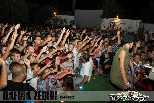 Dafina Zeqiri koncert ne Podujeve
