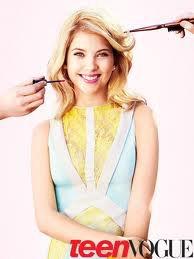Ashley Benson ultra-glamour pour Teen Vogue