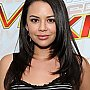Janel Parrish au Gifting Lounge pour les Teen Choice Awards 2012
