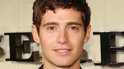 Julian Morris dans Once Upon a Time