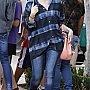 Ashley Benson faisant ses courses à Los Angeles