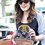 Lucy Hale faisant des courses à Whole Foods