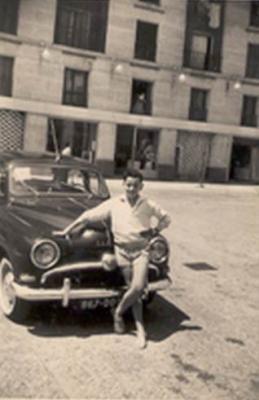 Une voiture d'autrefois