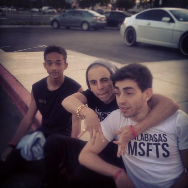 Jaden avec ses amis Matéo at Moises Arias