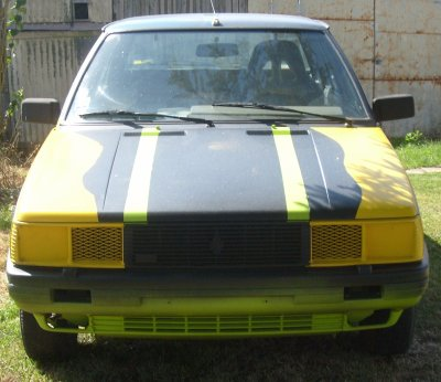 la voici ma voiture destiné aux courses d'autocross il s'agit d'une Renault 11 TXE  1700 cc  il reste a peindre l'intérieure , faire et installer l'arceau et quelques petite bricoles