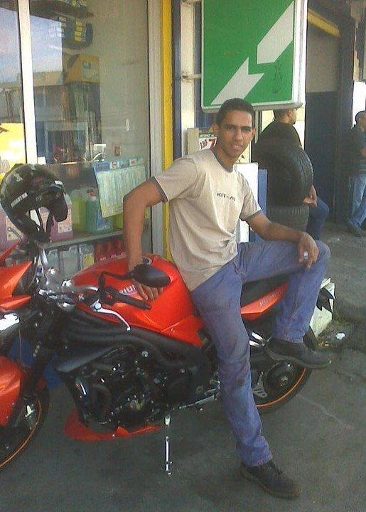 moi en moto dans taf