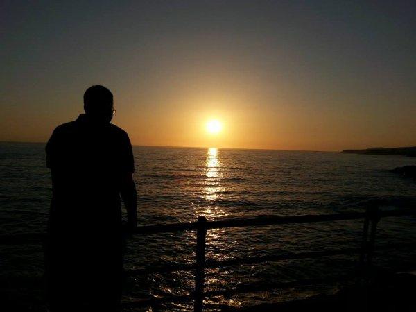 Regarder vers l'horizon