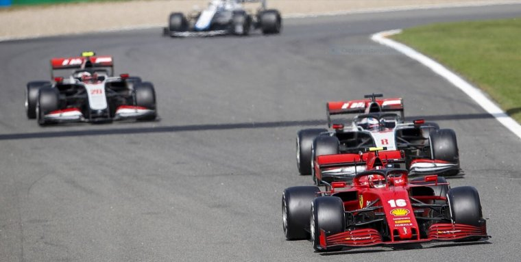 Charles Leclerc admet ne pas bien vivre la situation dans laquelle se sont trouvés lui et son équipe Ferrari