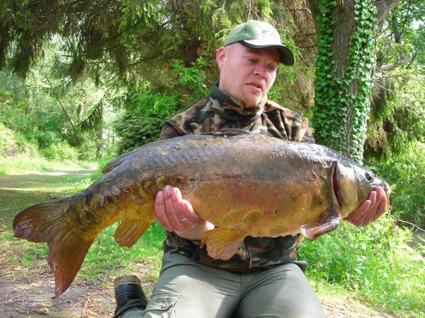 Eddy et ses premiers fish du secret lake daweed002 for Fish and eddy