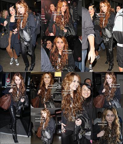08/04/2011 : Après l'enregistrement d'« Oprah », Miley était de retour le soir même à L.A. (Californie).
