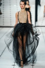 Fashion show : http://www/.schoolanduniversity.com