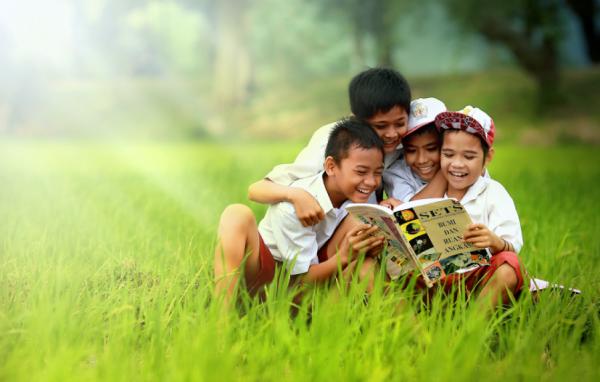 Online Schools - SchoolandUniversity.com