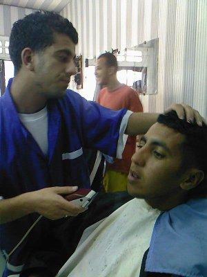 mon couzin karim dans le coiffeur