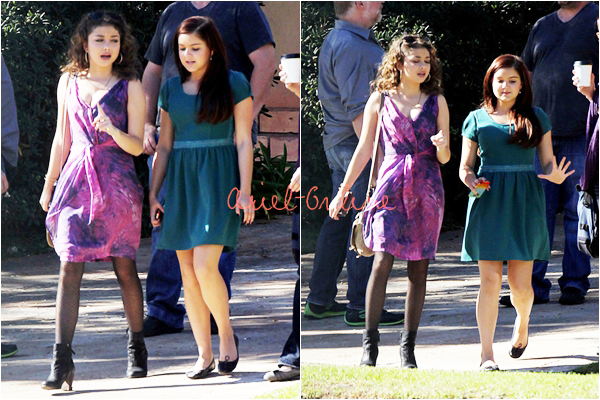 . Ariel Winter and Sarah Hyland hangout between two shoots (05/11/12)  .