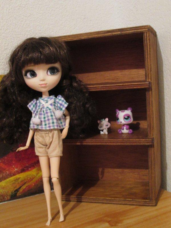 Yahou ♥ J'ai reçu les meubles pour Karen *-*
