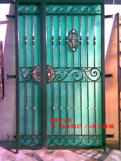 Portail fer forg 30 harmonie de fer forg tunisien for Portail fer forge tunisie
