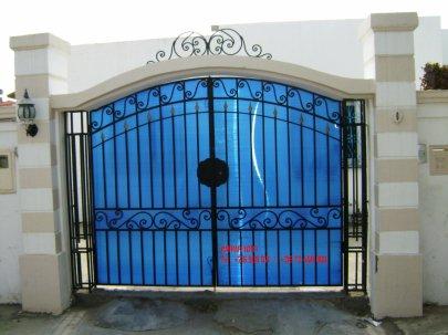 Portail fer forg 43 harmonie de fer forg tunisien for Portail fer forge tunisie