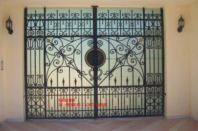 Portail fer forg 68 harmonie de fer forg tunisien for Portail fer forge tunisie