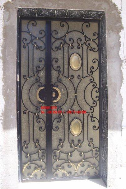 Portail fer forg 84 harmonie de fer forg tunisien for Portail fer forge tunisie